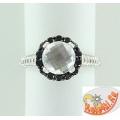 Серебряное кольцо с хрусталем и шпинелью