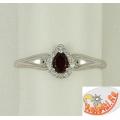 Серебряное кольцо со вставкой натурального граната