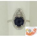 Серебряное кольцо с сапфиром и фианитами