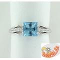 Серебряное кольцо с алекситом и фианитами