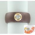 Кольцо из керамики с бриллиантом в золоте