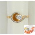 Золотое кольцо с кристаллом Сваровски и фианитами