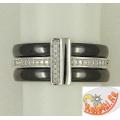 Серебряное кольцо с черной керамикой и фианитами